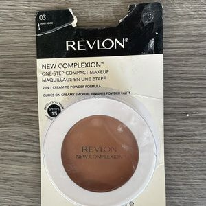 Revlon Colorstay New Complexion